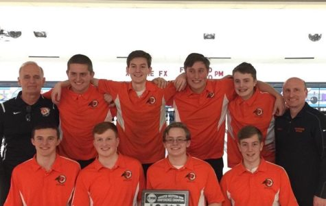 Beavercreek's Bowling Team is Going to State!